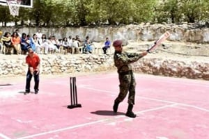 PHOTO: MS Dhoni spotted playing cricket in Leh with kids