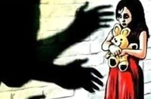 Dharavi man booked for assaulting his 3 minor kids