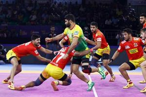 PKL 7: Gujarat Fortunegiants end six-match losing streak to beat Patna Pirates