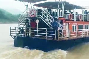 Godavari boat tragedy: Video of ill-fated boat minutes before it capsiz...