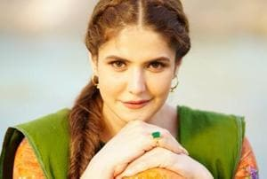 Zareen Khan recalls how a director once wanted her to rehearse a kissing scene to 'let go of her inhibitions'