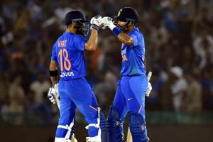 India vs South Africa 2nd T20I:Virat Kohli leads India to seven-wicket win