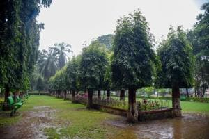 196 Pune Municipal Corporation  gardens open gates for students to study during day