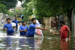 Rural Patna on alert as Punpun river's water levels continue to rise
