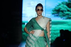 PHOTOS: Highlights from Day 1 of Lotus Make-up India Fashion Week SS'20