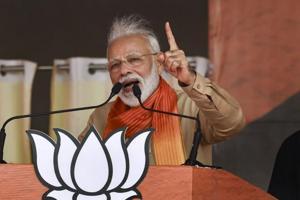 'Target me, don't backstab India': PM Modi pummels Cong at Haryana rally