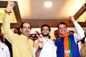 Vote transfer between Maharashtra alliances bigger concern for parties