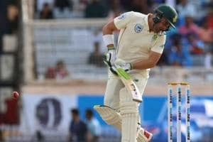 India vs South Africa:Dean Elgar retires hurt after getting hit on the head by Umesh Yadav delivery
