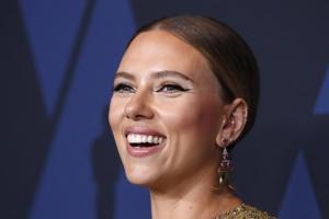 PHOTOS:Scarlett Johansson, Charlize Theron, Dakota Johnson - Red carpet fashion spotted at the 2019 Governers Awards