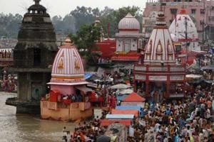 Man calls Uttarakhand CM Trivendra Singh Rawat , threatens to blow up Haridwar's Har Ki Pauri; arrested