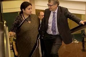 Smriti Irani shares photo with Bill Gates with a whip-smart caption