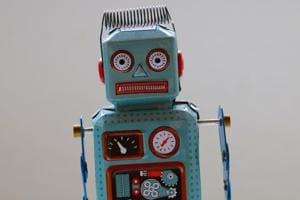 'Trash talk' hurts even when it comes from a robot