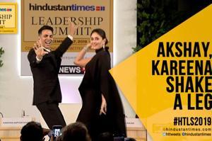 Watch: Akshay and Kareena groove to 'Sauda Khara Khara' at #HTLS 2019