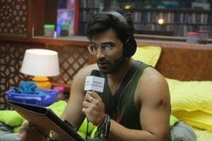 Bigg Boss 13 day 66 written update episode 66 December 11: Paras makes captaincy task funny as housemates dance to his tunes, Shehnaaz ends up crying