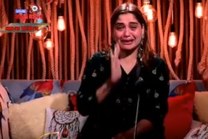 Bigg Boss 13: Arti Singh in tears after she's called 'Sidharth Shukla's fixed deposit'; sister-in-law Kashmera Shah lashes out