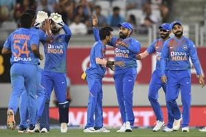 India vs New Zealand: 8 overs, 52 runs, 1 six - No man of the match, yet, biggest difference between India and New Zealand