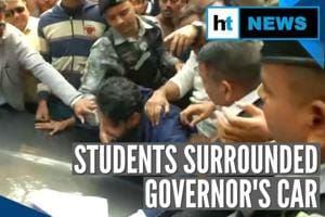 Calcutta University's protesting students force Governor to skip convoc...