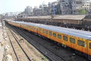 RRC Apprentice Recruitment 2020:Last day to apply for 3353 posts in western railway today