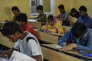 Schools cannot bar students from taking board exams due to non- payment of fees: Jharkhand CM