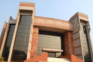 IIM Calcutta placement sets new record with average salary of Rs 28 lakh