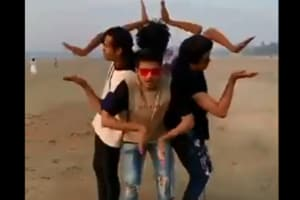 Twist at the end of 'Muqabla' dance video impresses Varun Dhawan- Watch