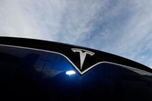 Tesla is working on improved EV batteries to reduce range anxiety