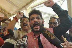 Waris Pathan retracts '15 crore are heavier' remark, alleges conspiracy
