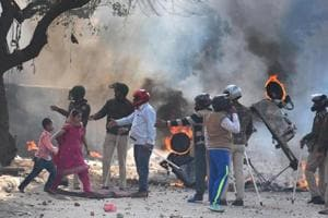 4 including cop die in east Delhi violence over amended citizenship law