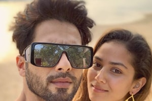 Mira Rajput's blurred pic gives clarity to husband Shahid Kapoor, says 'So incomplete without you'
