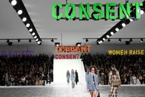 Dior invokes -MeToo in feminist-inspired fashion show