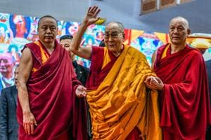 Review: The Dalai Lama:An Extraordinary Life by Alexander Norman