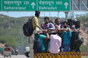 Migrant movement out of Mohali, Chandigarh blocked, shelters set up