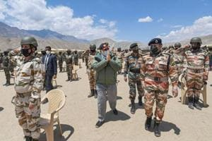 On Leh visit, PM Modi's 15-minute conversation with 14 Corps commander