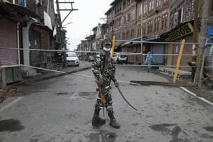Curfew in J-K's Srinagar till August 5 over fears of 'violent protests'