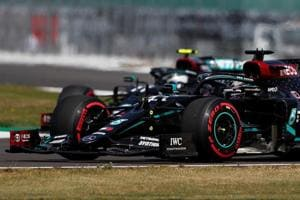 Hamilton fastest ahead of F1 qualifying at Silverstone