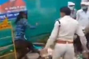 2 policemen suspended in MP's Barwani district for manhandling a Sikh