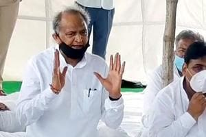 Need to forgive, forget misunderstandings occured in last one month, says Gehlot