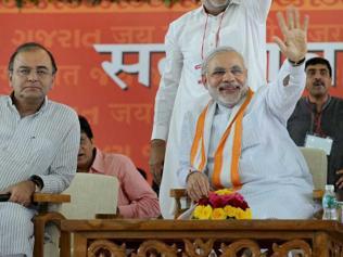 Modi faces rebels in Bihar, so do Lalu and Nitish