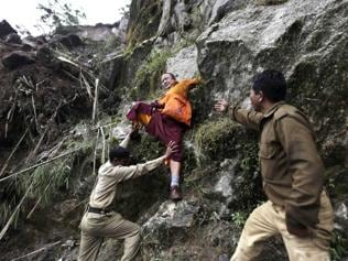 Sikkim toll 72, labourers feared trapped in tunnels