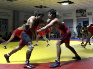 Discipline goes for a toss as Indian wrestlers back to wily ways