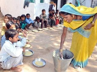 In UP, mid-day meal an SMS away