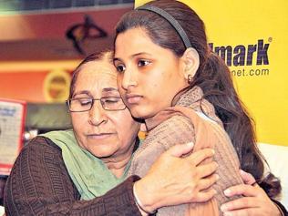 Hope endures for Sarabjit kin amid border tension
