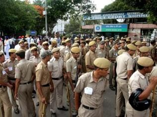 UP cops crack down on banned pro-quota stir, over 1,500 held
