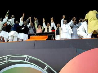 Modi's Bihar essay gunned down all rivals