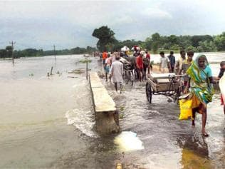 70,000 evacuated in Bihar as flood threat looms