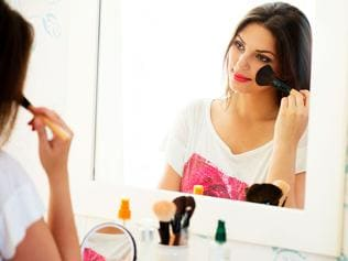 Ladies, these shiny make-up terms are very perplexing. So here's a guide