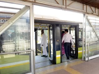 Malfunctioning doors hit iBus service in Indore