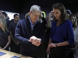 Apple's watch hasn't impressed the fashion world