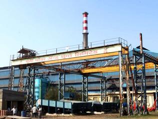 VIP sugar mill owners fail to pay debt-hit Karnataka farmers