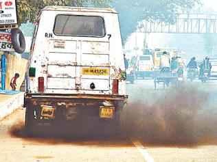 Thieves take their pick of impounded old cars in Delhi